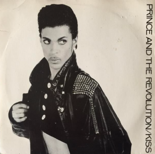"Prince And The Revolution - Kiss (7"") (G++/G++)"